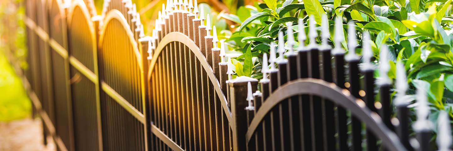 Dallas Fencing Contractor, Fence Installation and Iron Fence Construction